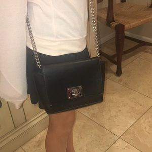 Forever 21 purse with chain strap